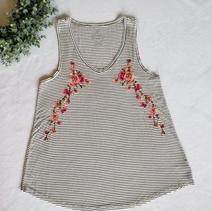 AE embroidered tank top